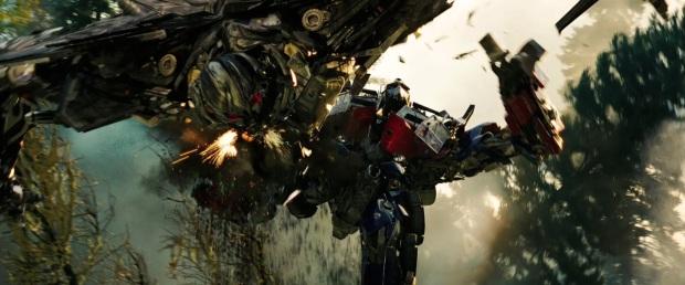 Optimus Prime kick ass!
